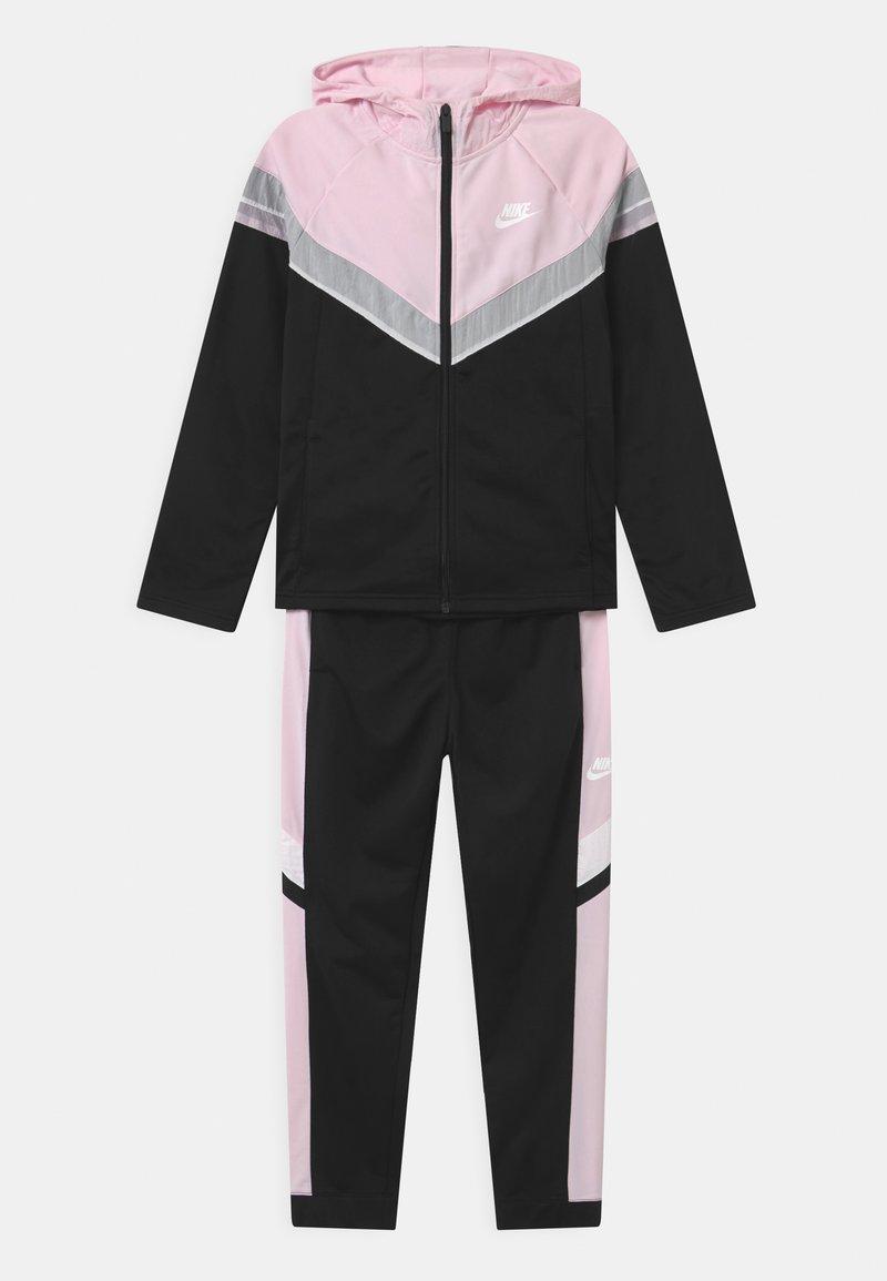 Nike Sportswear - POLY SET UNISEX - Tepláková souprava - black/pink foam/white