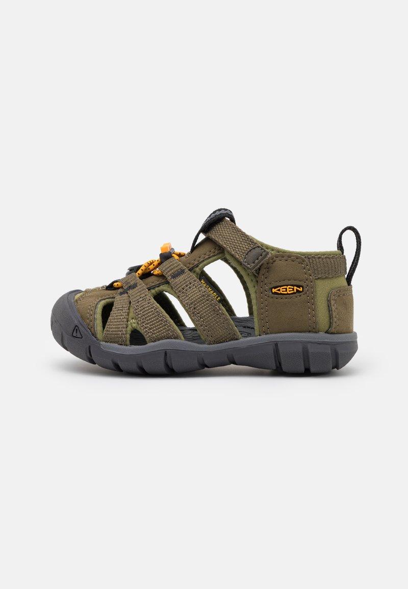 Keen - SEACAMP II CNX UNISEX - Walking sandals - military olive/saffron