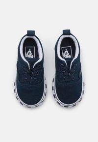 Vans - ERA ELASTIC LACE UNISEX - Sneakers - dress blue/true white - 3