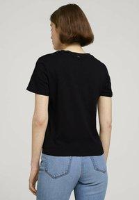 TOM TAILOR DENIM - Print T-shirt - deep black - 2