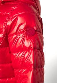 Q/S designed by - Vinterjakke - flame red - 4