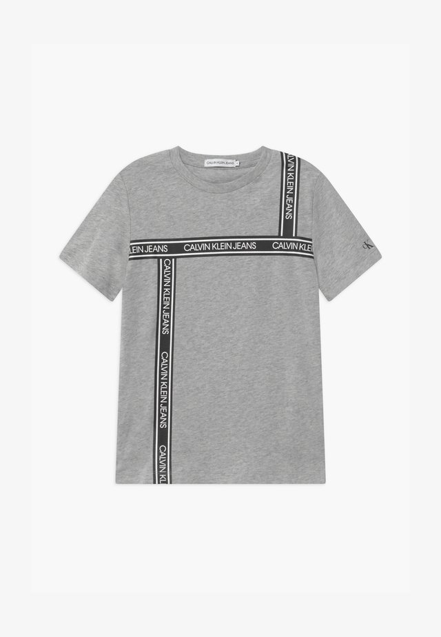 LOGO TAPE  - T-shirt print - grey