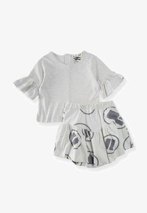 SET - A-line skirt - stone