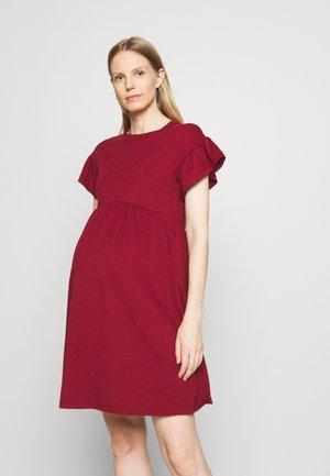 OLMMAY NEW LIFE CUTLINE DRESS - Jersey dress - pomegranate