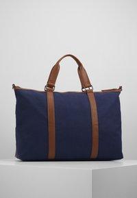 Pier One - UNISEX - Weekendbag - dark blue/cognac - 2