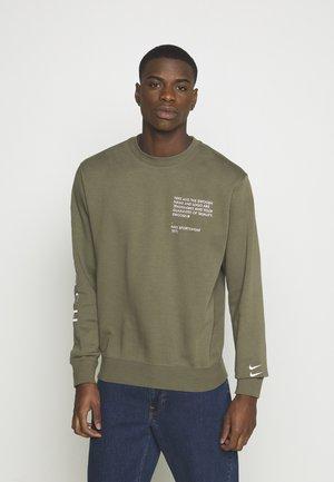 CREW - Sweatshirt - twilight marsh/white