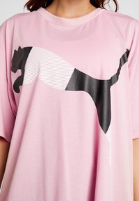 Puma - MODERN SPORT FASHION TEE - Print T-shirt - bridal rose - 4