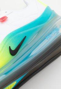 Nike Sportswear - MX-720-818 BG - Trainers - white/black/blue fury/volt - 5