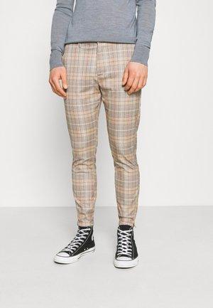 PISA KUZEY CHECK PANT - Chino kalhoty - brown