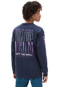 Vans - MN OFF THE WALL CLASSIC GRAPHIC LS - Long sleeved top - dress blues - 1