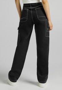 Bershka - Flared Jeans - dark grey - 2