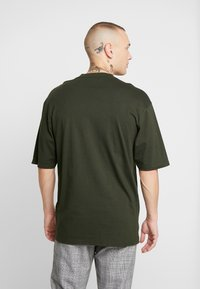 Only & Sons - ONSDONNIE TEE - T-shirt - bas - rosin - 2