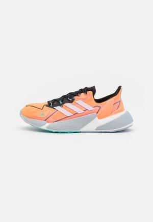 X9000L4 H.RDY  - Zapatillas de running neutras - screaming orange/dash grey/core black