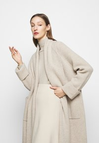 WEEKEND MaxMara - APE - Strikkegenser - mottled beige - 4