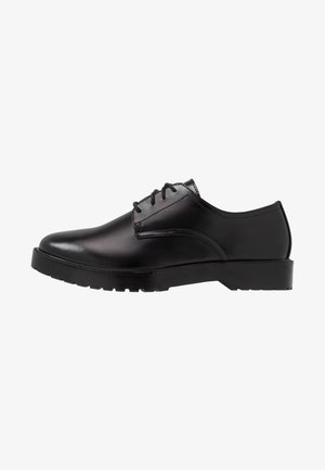 LEATHER UNISEX - Pensko med snøring - black