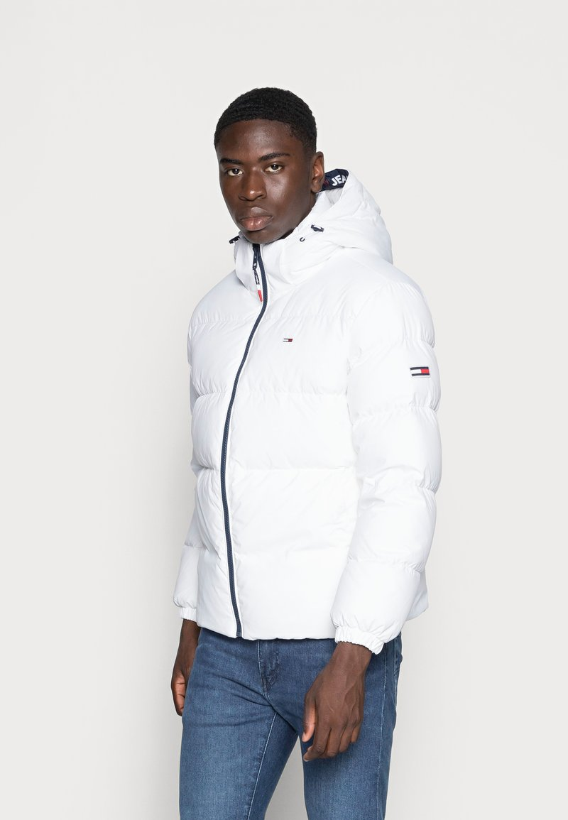 Tommy Jeans - ESSENTIAL JACKET - Dunjacka - white