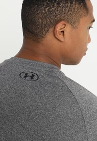 Under Armour - Sports shirt - charcoal light heather/black - 5