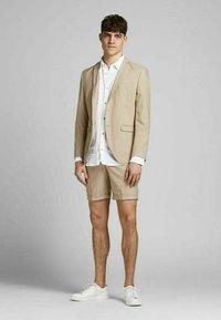 Jack & Jones PREMIUM - Camicia elegante - white - 1