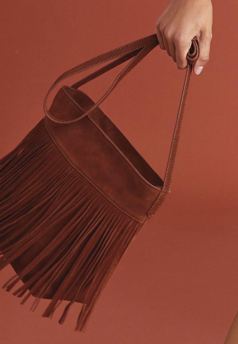 Next - FRINGE DETAIL - Across body bag - tan