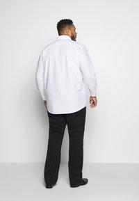 Seidensticker - COMFORT FIT - Shirt - white - 2
