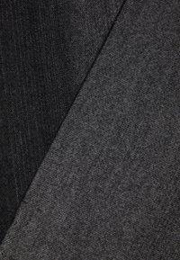Pier One - SET - Scarf - grey/black - 3