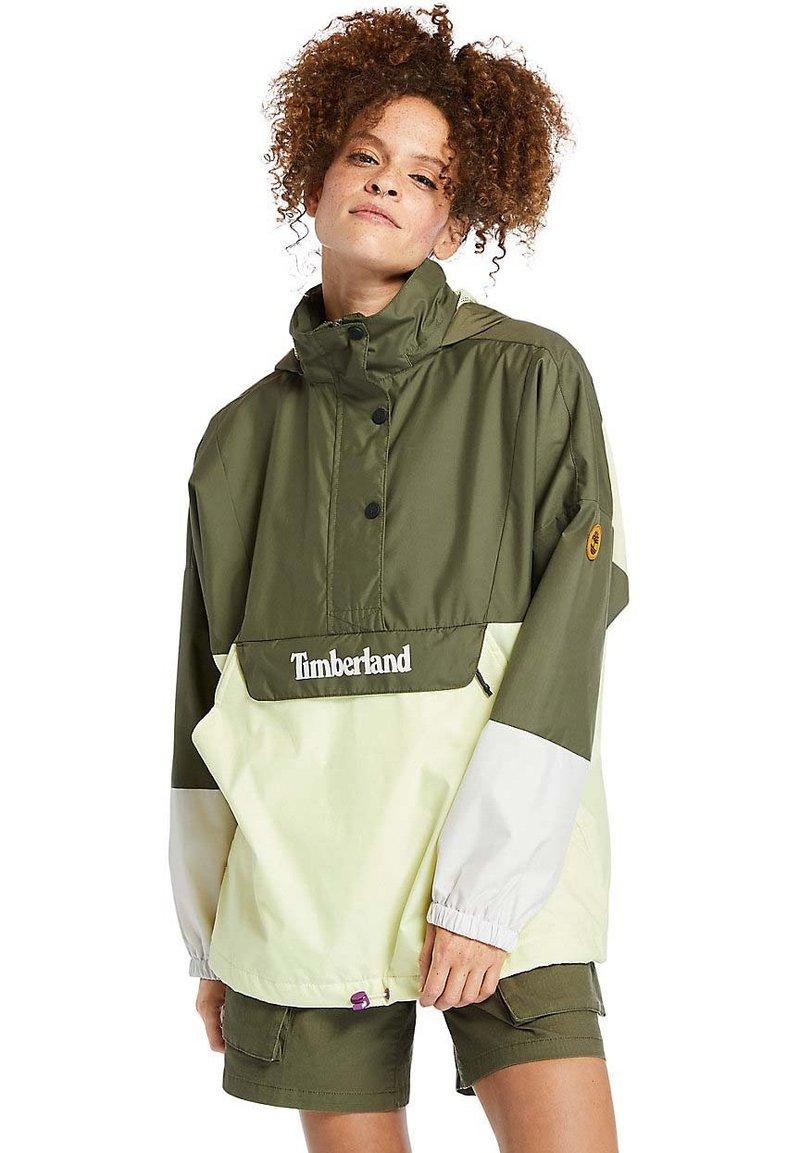 Timberland - MEDIA  - Windbreaker - grplef/lumgrn/sprkgrp