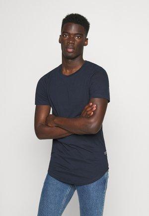BADGE - Basic T-shirt - sky captain blue