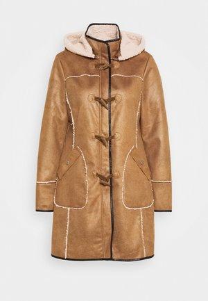 LIEKE - Klasyczny płaszcz - light brown