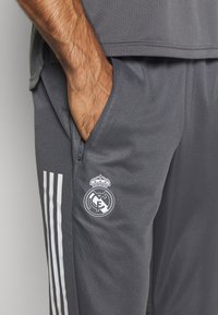 adidas Performance - REAL MADRID AEROREADY SPORTS FOOTBALL PANTS - Club wear - grey - 3
