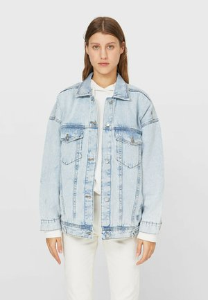OVERSIZE - Denim jacket - light blue