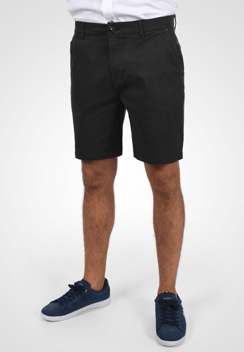 Solid - RAVI - Shorts - black