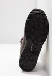 Lowa - SASSA GTX MID - Hiking shoes - anthrazit/fuchsia - 4