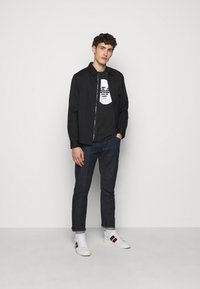 Emporio Armani - T-shirts print - black - 1