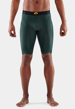 SERIES-5 - Shorts - forest green