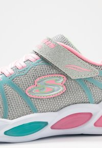 Skechers - SHIMMER BEAMS - Trainers - grey sparkle/multicolor - 5