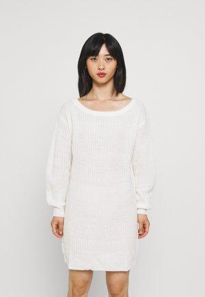 AYVAN OFF SHOULDER JUMPER DRESS - Jumper dress - white