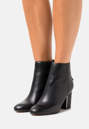 KARIA - Ankle boots - black