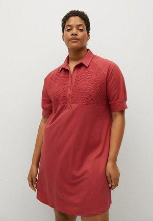 CAMILO - Košilové šaty - korallrot