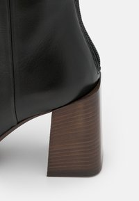 Furla - ESSENCE BOOT  - Classic ankle boots - nero - 6