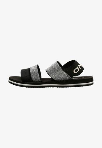 Walking sandals - black out