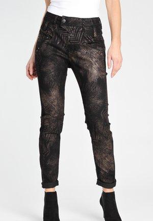 SLIM FIT MARGE - Slim fit jeans - black