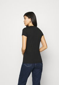 Armani Exchange - Print T-shirt - black - 2
