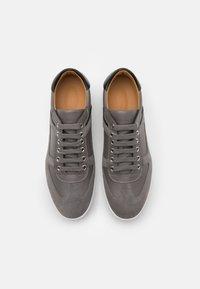 Emporio Armani - LACED SHOE - Sneakersy niskie - grey - 3
