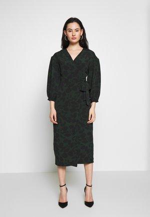 DRAMA SLEEVE WRAP - Day dress - black