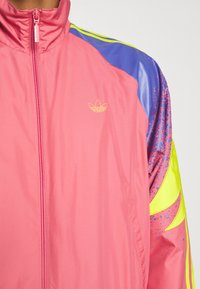 adidas Originals - TRACK - Summer jacket - hazy rose/acid yellow/joy purple - 6