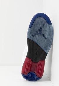 Jordan - MAXIN 200 - High-top trainers - white/dark sulfur/black/deep royal blue/gym red - 4