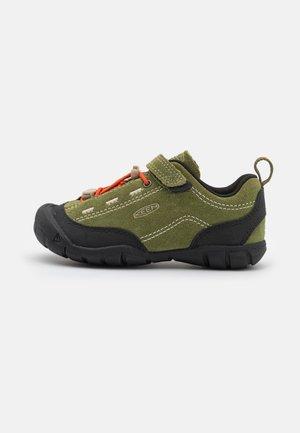 JASPER II UNISEX - Zapatillas de senderismo - capulet olive/black