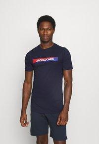 Jack & Jones - JACTREVOR TEE - Pyjama top - maritime blue - 0