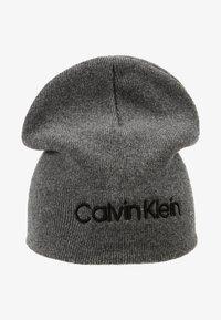 Calvin Klein - CLASSIC BEANIE - Muts - grey - 5