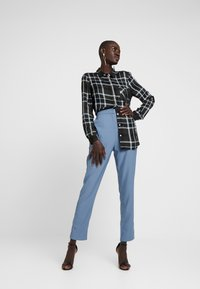 Missguided Tall - HIGH WAISTED LEG TROUSERS - Kalhoty - blue - 2